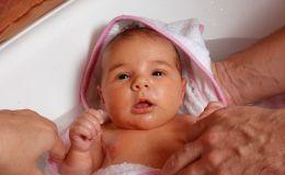 Как правильно ухаживать за личиком новорожденного