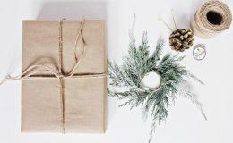 Идея по упаковке новогоднего подарка — делаем с ребенком