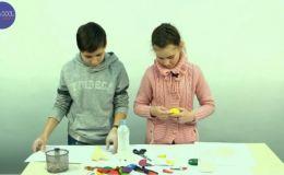 Как сделать мячики для игры с ребенком (Видео)