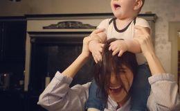 Елена Темникова показала 11-месячную дочь в уникальный момент