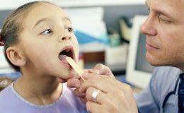 У ребенка болит горло: это ангина? Как понять