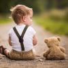 10 ранних признаков аутизма у ребенка: как не пропустить
