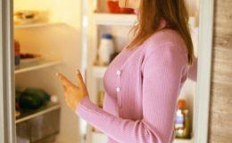 5 простых способов избавиться от неприятного запаха из холодильника