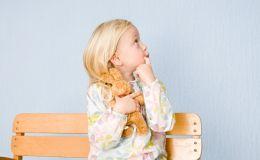 Топ-5 неловких ситуаций, в которые вас ставит ребенок: как реагировать