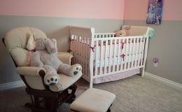 Как выбрать правильную кроватку для младенца: 5 советов от мамы