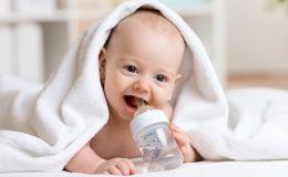 Ребенок-искусственник: что понадобится при кормлении смесью