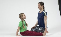 Как улучшить осанку у ребенка: комплекс зарядки для спины