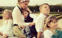 Многодетные звездные мамы, которые родили детей сами