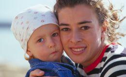 Отлучение от груди: как это сделать без слез и обид