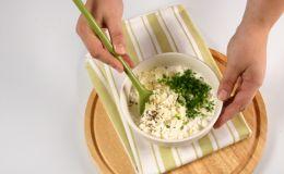Ребенок не ест творог: что посоветуют известные кулинары?