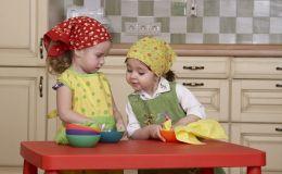 5 развивающих игр для детей, в которые можно играть на кухне