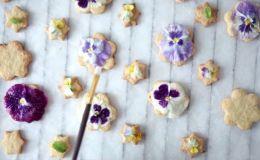 Съедобная красота: рецепт печенья с фиалками