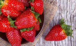 Первая клубника: как выбрать безопасные ягоды