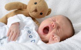 Новорожденный ребенок: как обрабатывать пупок?