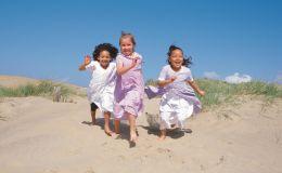 Тепловой удар опасен для жизни ребенка. Признаки и первая помощь