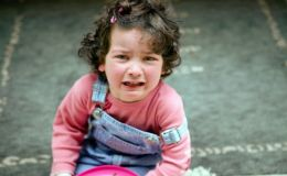 Ребенок обжегся кипятком: первая помощь