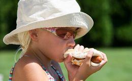 Детское питание в дороге: не допустим отравлений