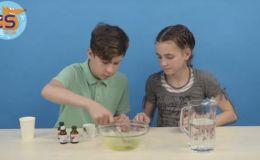 Как сделать мыльные пузыри в домашних условиях: видео от Cool School