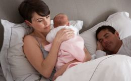 7 основных причин, почему новорожденный плачет