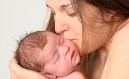 Жизнь без колик: счастливая мама и ребенок