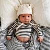 Ребенок до года — быть рядом или приучать к самостоятельности с рождения?