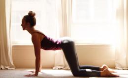 Как похудеть после родов: 3 эффективных упражнения от тренера Джессики Альбы