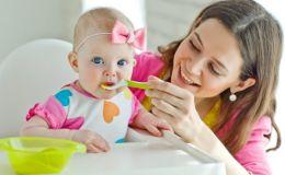 Первый прикорм ребенка: не пропустите 4 важных шага