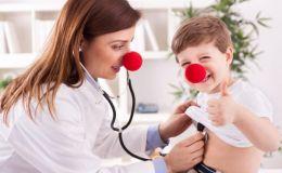Кашель у ребенка: лечим смехом и играми