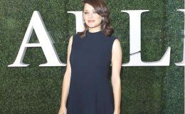 Беременная Марион Котийяр показала фигуру в платье от Dior