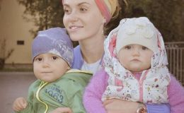 Слава Каминская вышла на подиум с дочкой и сыном