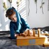 Развивающие игрушки для детей до года: 8 обязательных забав