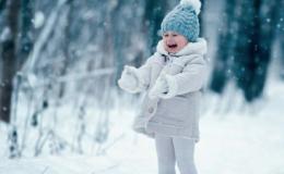 Нескучная зима: 8 детских домашних игр, которые понравятся малышам и взрослым