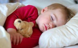 Полезный сон — на боку или на спине?