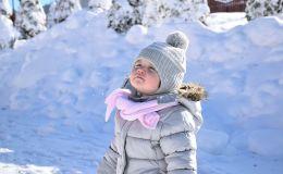 Что нельзя делать с ребенком, если он сильно замерз на прогулке