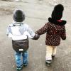 Как гулять одной с двумя детьми: советы и секреты мамы двойняшек
