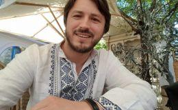 Хороший папа: Сергей Притула показал первый транспорт маленькой дочки