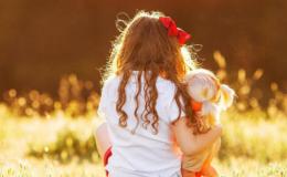 Как куклы воспитывают девочек: психологический аспект игры