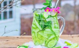 Топ-5 напитков, которые утолят жажду в жару