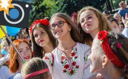 Звездные вышиванки: как украинские знаменитости отметили День вышиванки