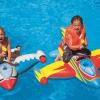 Надувной бассейн, круг, нарукавники, жилет: топ-9 плавательных средств этого лета