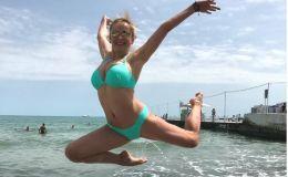 Горячее лето: 10 украинских звездных мам в купальниках