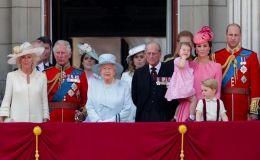 Письмо Санте и праздничные улыбки: 11 рождественских традиций британской королевской семьи
