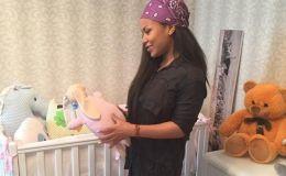 Блондинка Гайтана показала маленькую дочку