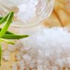 Какая соль полезнее: крупная или мелкая?