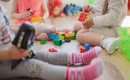 Ученые выяснили, сколько игрушек на самом деле нужно ребенку