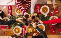 Свято наближається: 5 советов из разных стран, как правильно принимать гостей в праздничные дни