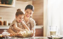 Учим готовить малышей: 7 самых классных рецептов