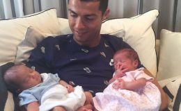 Двойное счастье: знаменитости, которые стали родителями близнецов