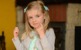 Не пропустите тревожные жесты ребенка! Об этом важно знать каждой маме