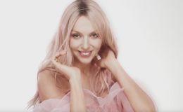 Девочки в розовом: Оля Полякова сняла в клипе маму и дочек